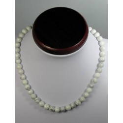Collier howlite 8mm brillant