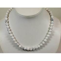collier howlite mat en 8mm
